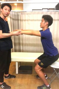 脊柱管狭窄症の座り方運動
